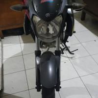 (Kejari Mentawai) Lot 2. 1 (satu) unit Motor Yamaha Vixion warna hitam, Tanpa Nomor Polisi, kunci kontak, STNK dan BPKB, Kondisi Rusak Berat