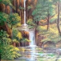 8. UMKM. Satu buah lukisan air terjun ukuran 40x50 cm