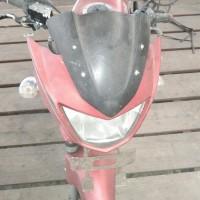 (Pemkab Buru Selatan) 1 unit Motor merk/type Kawasaki Nopol DE 2062 KM Tahun pembuatan 2010 Kondisi rusak berat BPKB dan STNK hilang