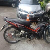 KPP Pratama Jakarta Cempaka Putih : 1 (satu) unit Sepeda Motor Honda Revo Tahun 2016 No Polisi B 3328 PCT