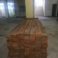 KEJARI PIDIE JAYA- 164 (seratus enam puluh empat) batang kayu olahan, jenis BRAN sebanyak 2,5 m3