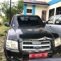 KPPBC Banda Aceh : 1 (satu) paket terdiri dari 2 (dua) unit mobil