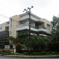 Kurator ADE WIDAGDO-8 : 1 (satu) bidang tanah luas 382 M2 dan bangunan rumah diatasnya, di Jalan Menteng No.129, Tanjung Bunga, Makassar