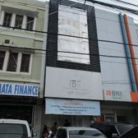 6.Kurator sebidang Tanah dan Bangunan SHM No.00514/Korumba, Luas Tanah 126M2  terletak di Jalan Syech Yusuf, Kota Kendari