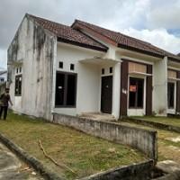 3. PT. Bank Mandiri RRCR Region II/Sumatera 2 Sebidang tanah dan bangunan Luas Tanah 105 M2 SHGB No. 444