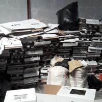 KPU Tana Toraja: 1 (satu) paket BMN Berupa Eks Logistik Pemilu/Pilkada Tahun 2019 Kondisi Rusak Berat dan apa adanya total berat 27.288 Kg