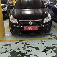 Kanwil DJP JKT Pusat: 1 (satu) unit  kendaraan bermotor roda empat, Merk/Tipe :Suzuki Baleno  SX AT   Nomor Polisi B1012 SQA Tahun 2008