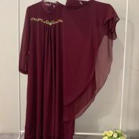 Fera Puspita (5) : 1 (satu) set gamis syar'i bordir warna Maroon