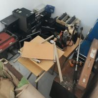 Stamet Kelas II Gamar Malamo Galela melelang satu paket barang inventarsi kantor kondisi rusak berat