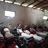 Kemenag Boyolali_Satu paket terdiri dari 12 unit kendaraan dinas dijual dalam bentuk scrap/rongsokan/besi tua
