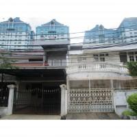 Pengadilan Negeri - sebidang tanah seluas 300m2 berikut bangunan yang terletak di Pluit Karang Manis XIII No. 42
