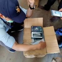 Cabjari Semarang: 1 paket barang rampasan berupa telepon seluler dan sparepart kondisi apa adanya