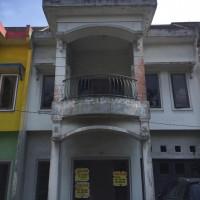 4.b Maybank, tanah luas 129 m2 beserta bangunan, terletak di Jalan Amal, Perumahan Exslusif Graha Kuswari I No. 7-D Kota Medan