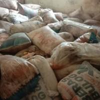 3. KPH Wilayah III : 1 (satu) Paket Getah Pinus sebanyak 149 bundel, lebih kurang 8,94 Ton