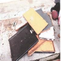 1 (satu) paket inventaris Kantor Kejaksaan Negeri Samarinda Kondisi Rusak Berat