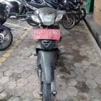 KKP Panjang Lot 1. 1 (satu) Unit Sepeda Motor Merk Honda Tahun 2005 Nopol BE 6173 BZ kondisi Rusak Berat (Tanpa STNK)