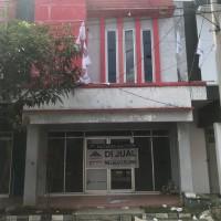 CIMB NIAGA 4 : Tanah/bangunan seluas 66 m2 terletak di Perumahan Taman Sumber Indah Ruko Blok B Nomor 10 Kab Cirebon