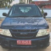 BPS KAB. SINTANG : Isuzu Panther Nopol KB 1645 E Tahun 2005
