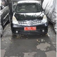 KPP Pratama JKT Menteng Tiga : Nissan Grand Livina, ,Tahun 2008 Nomor Polisi B 1215 PQN