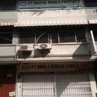 Harta Pailit- Tanah dan bangunan yang terletak  di Jalan Putri Hijau Baru Kel. Kesawan Kota Medan SHM No.1002