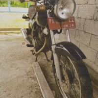 [STAMET BIAK] Satu unit sepeda motor Honda GL-P III/Sport, Tahun 2005, Nopol PA 2007 CZ kondisi rusak berat