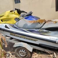 1 (satu) unit Jet Ski Yamaha Wave RunnerXL 700 warna putih/kuning No. Body us-yama1458H405 (tanpa dokumen kepemilikan)