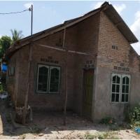 4.Bank Mandiri, sebidang tanah seluas 219 m2 berikut bangunan terletak di Desa Paya Pinang kec Tebing Syahbandar, Kab Serdang Bedagai