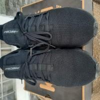 albar a: Sepatu Merek Precise 43 Eur di Kota Balikpapan