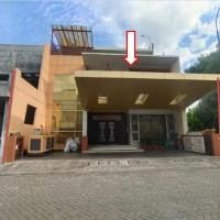 3. tanah luas 300 m2 berikut bangunan terletak di  ...