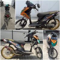 Kejari Kab. Probolinggo lot 2) Sepeda motor merk Honda Beat nopol AD-5360-HQ warna oranye hitam tanpa STNK dan BPKB