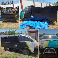Kejari Kab.Probolinggo Lot 8a) Mobil merk Daihatshu Zebra jenis pick up warna hitam nopol E-8704-TA tanpa STNK maupun BPKB