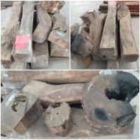 Kejari Kab.Probolinggo Lot 26a) Kayu Sonokeling sebanyak 11 batang bebagai macam ukuran