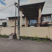 Efry Jhonly (Pemegang HT) tanah berikut bangunan diatasnya SHM No.1334,luas 995 m2