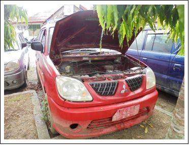 Pemkab Mentawai Lot 10, 1 (satu) unit  Kendaraan Roda 4 Mitsubishi/Kuda VA1WGLX, Thn 2004, Nopol BA 42 U Warna Merah, BPKB dan STNK ada