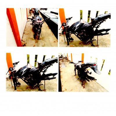 Kantor SAR Gorontalo: satu unit kendaraan roda dua Yamaha Warna Hitam Th 2006, DM 3408 AZ dalam kondisi rusak berat