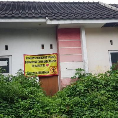 Sebidang tanah dan bangunan, SHGB No.760, LT 89 M2, terletak di Perum BANDARA SANTIKA E1 No.10, Kab. Malang