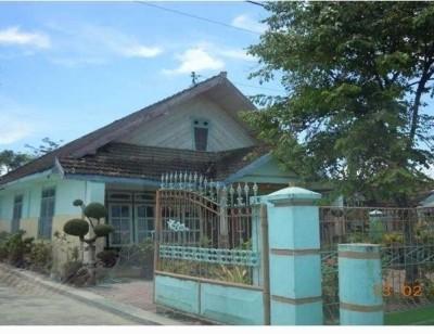 Sebidang tanah & bangunan, SHM No. 25 luas 7.405 m2 terletak di Ds/Kel. Kenep, Kec. Balen, Kab. Bojonegoro (BRI Bojonegoro)