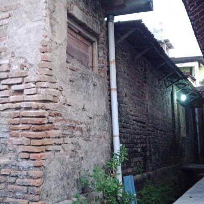 KPRI Kemenag Magetan 4.Tanah seluas 909m2 berikut bangunan SHM No.16 terletak di Desa Baluk, Kec.Karangrejo, Kab Magetan, Jatim