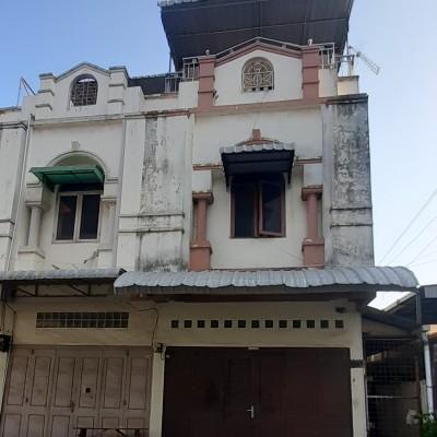 BNI-Sebidang tanah seluas 108 M2 berikut bangunan ruko terletak di Jalan Madio Santoso Komplek Mados Residence No. 134 E Kota Medan
